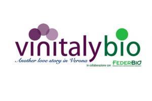 Vini sempre più green: la tendenza da un sondaggio al Vinitaly - AcquistiVerdi.it